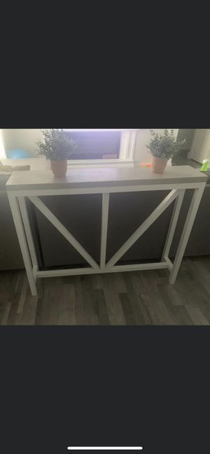 Beautiful brand new farmhouse console table asking $135 for Sale in Orlando, FL