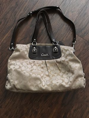 Coach purse for Sale in Tomball, TX