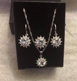 Beautiful jewelry with box for Sale in Raleigh, NC