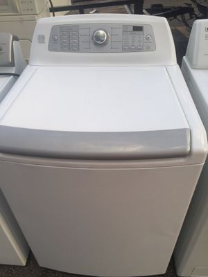 Washer working good digital kenmore for Sale in West Palm Beach, FL