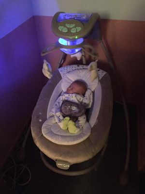Baby swing, INGENUITY. Hook up your iPhone, vibrates for Sale in Westminster, CO