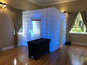 Photo booth for sale for Sale in Fort Lauderdale, FL