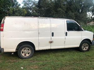 Partingout 2003 Chevy Express for Sale in Orlando, FL