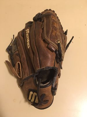 Baseball Glove for Left Hand for Sale in Bothell, WA