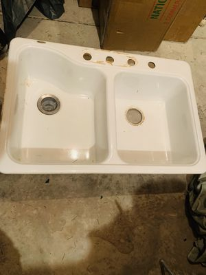 American standard white 4 hole kitchen sink for Sale in Franklin, TN