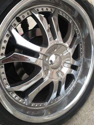 22s missing one hubcap trade for black rims for Sale in Grand Prairie, TX