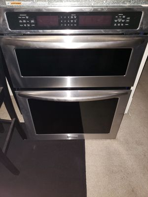 Kitchen Aid appliances. Used but in great condition. Asking $2500 obo for Sale in Beaver Falls, PA