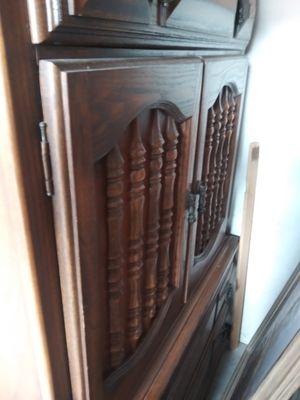 Antique cabinet for Sale in Altamonte Springs, FL