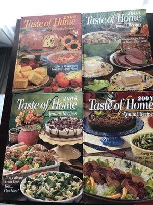Taste of home annual cookbook 2002-2005 for Sale in Kissimmee, FL