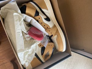 Retro Rookie of the year Air Jordan 1's for Sale in Waldorf, MD