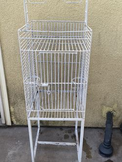 White Metal Bird Cage for Sale in Lynwood,  CA