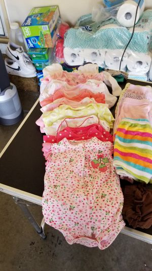 3 month girl clothes for Sale in Elgin, IL