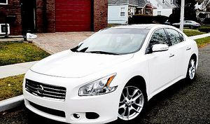 For Sale $1,4OO_2O1O_Nissan Maxima for Sale in Columbus, OH