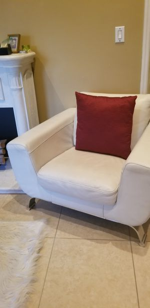 2 Italian leather chairs by Natuzzi for Sale in Hollywood, FL