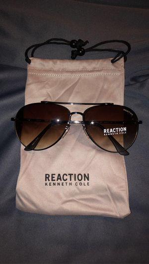 Brand New Kenneth Cole Sunglasses for Sale in Bolingbrook, IL