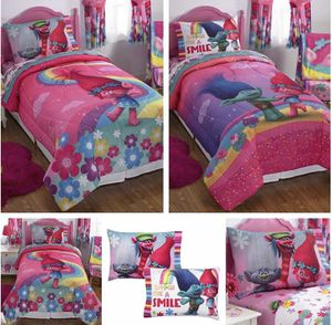 Dreamworks Trolls Full Sized Sheet and Reversible Comforter Set for Sale in Strongsville, OH