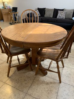 Breakfast table for Sale in Los Angeles, CA