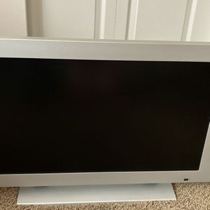 "LG Monitor Flat Screen 32"" for Sale in Phoenix, AZ"
