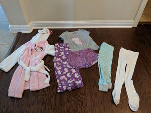 4t girl clothes for Sale in Leander, TX