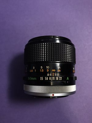 Canon FD 50mm 3.5 Macro lens - fits mirrorless for Sale in Mesa, AZ