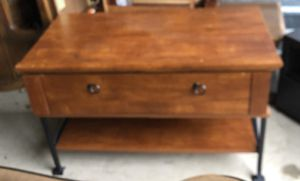 Tv stand - 32 inch for Sale in Mansfield, TX