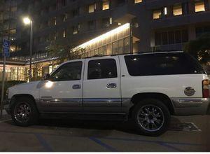 2000 GMC Yukon lx for Sale in Long Beach, CA