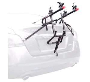 2 bicycle trunk mounted bike rack for Sale in Columbus, OH