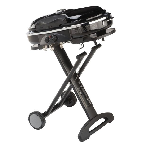 Portable Coleman LXX Propane Grill