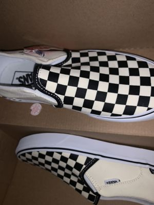 Women's checkered slip on Vans for Sale in Brooklyn, NY