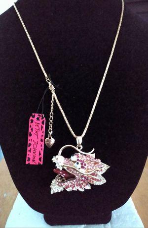 Betsey Johnson beautiful rhinestone dragon head pendant necklace. Brand new for Sale in Panama City Beach, FL