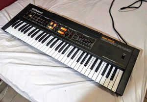 Roland EP-6060 MIDI Piano / Synthesizer / Synth / Keyboard + Speakers for Sale in Los Angeles, CA