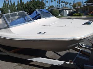 '90 -93+ model Outboard for Sale in Los Angeles, CA