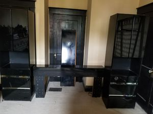 Bedroom set.... for Sale in St. Louis, MO