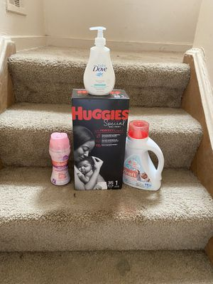 Baby care bundle for Sale in Springfield, MI