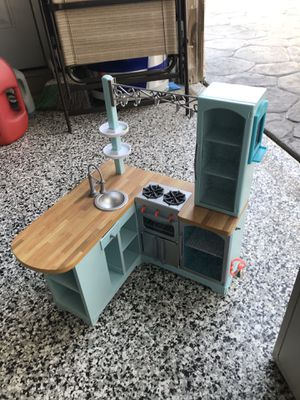 American girl doll house for Sale in Los Angeles, CA