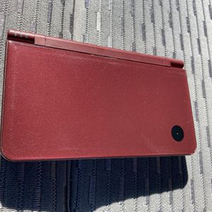 NINTENDO DSI XL IN GOOD CONDITION $70 for Sale in Plano, TX