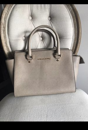 Michael Kors 👜 for Sale in Woodbridge, VA