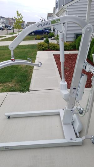 Liko Viking XL Lift for Sale in Blacklick, OH