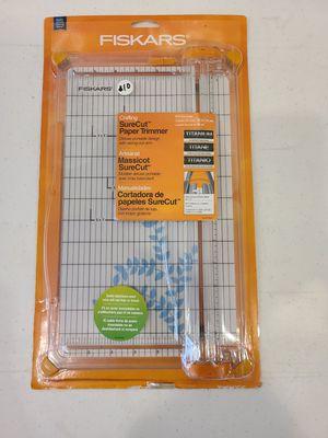 Fiskars SureCut Deluxe Craft Paper Trimmer for Sale in Melbourne, FL