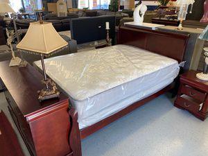 Furniture mattress- Queen bed frame + mattress for Sale in North Highlands, CA