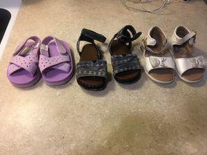 Girl shoes / zapatos de niña. for Sale in Fullerton, CA