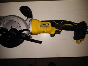 "DeWalt 20 volt brushless 4 1/2"" cordless circular saw!tool only..... for Sale in Tampa, FL"