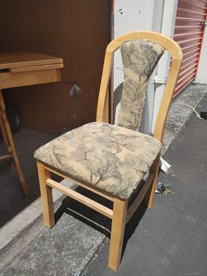 RV table, 4 maching chairs, and hidabed. for Sale in Boring, OR