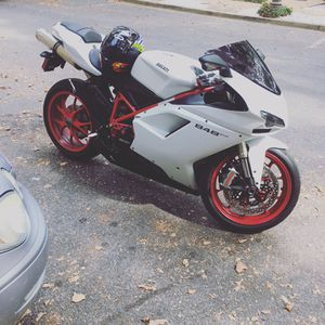 Ducati 848 ... for sell , only 4,000 miles on it for Sale in Washington, DC