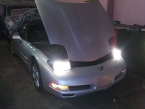 Chevy corvette 2001 for Sale in Philadelphia, PA