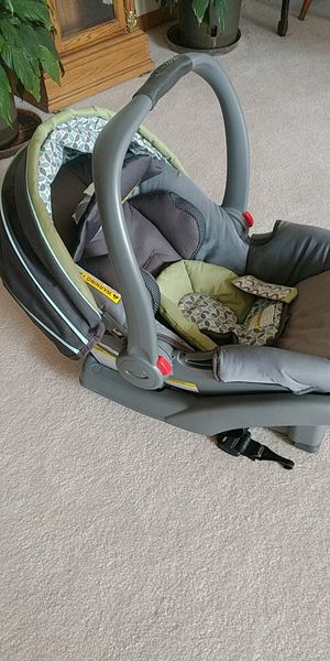 Car seat for Sale in Congerville, IL