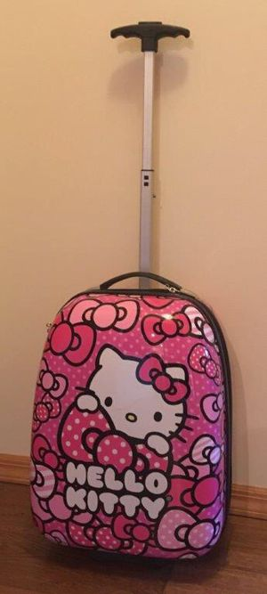 Kids Hello Kitty Hard Shell Suitcase for Sale in Hammonton, NJ