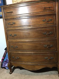 5 Drawer Wood Dresser for Sale in Seattle,  WA