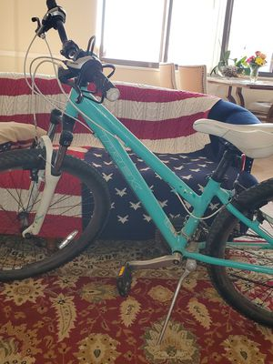 Trek skye women's bike for Sale in Alexandria, VA
