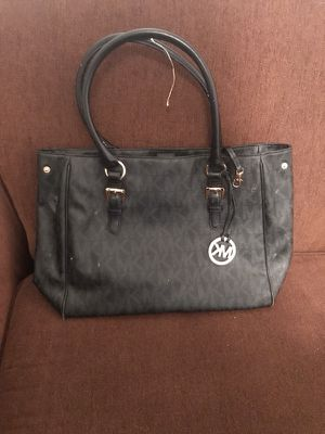 Black mk purse for Sale in Springfield, MA